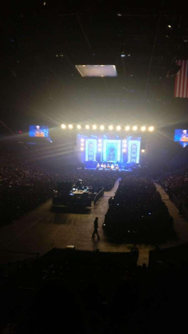 Nassau Veterans Memorial Coliseum, secção: 109, fila: 10, lugar: 16