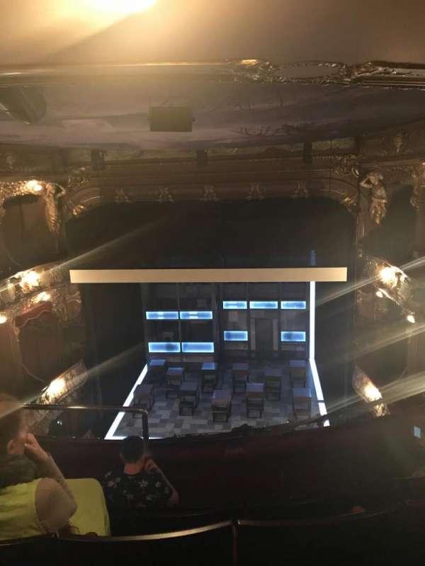 Apollo Theatre, secção: Grand Circle, fila: E, lugar: 11