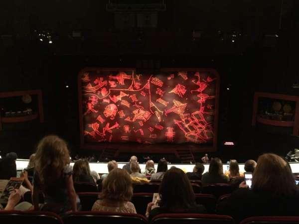 Minskoff Theatre, secção: Mezzanine, fila: G, lugar: 130-131
