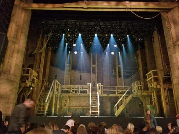CIBC Theatre, secção: Orchestra C, fila: J, lugar: 105