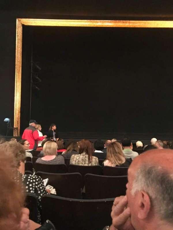 Ambassador Theatre , secção: Orchestra C, fila: H, lugar: 103