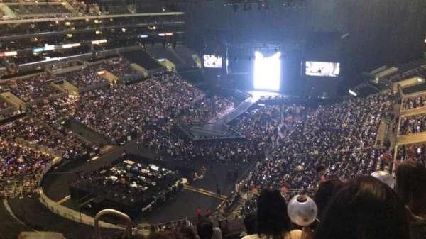 Staples Center, secção: 306, fila: 6, lugar: 12