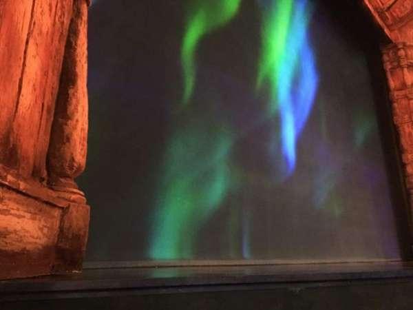 St. James Theatre, secção: Orchestra L, fila: A, lugar: 9