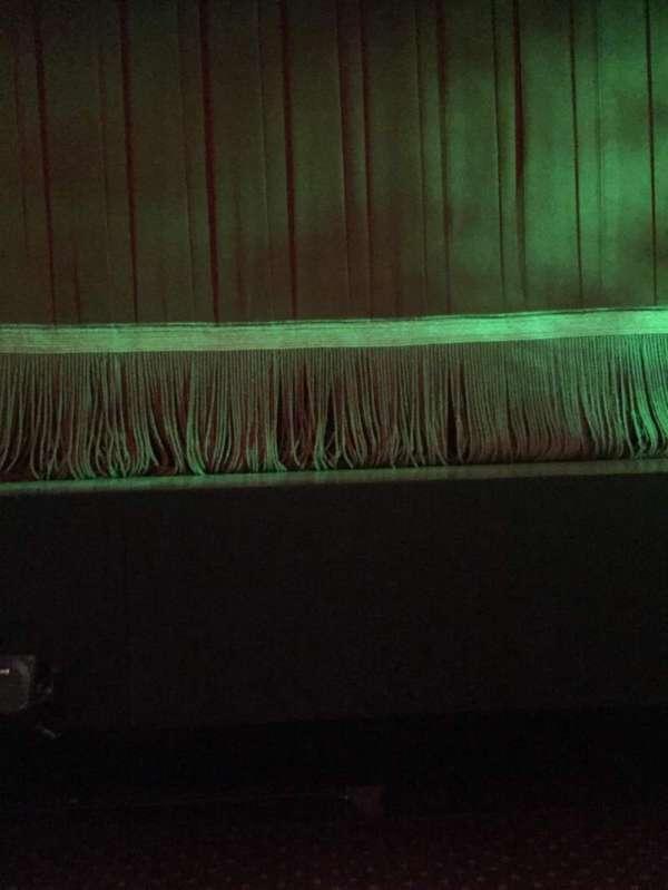 Samuel J. Friedman Theatre, secção: Orchestra L, fila: BB, lugar: 101