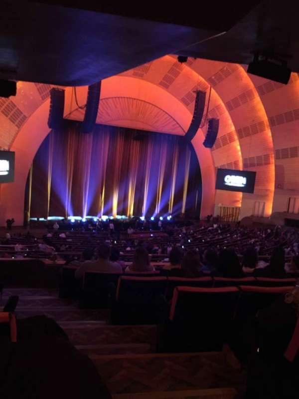 Radio City Music Hall, secção: Orchestra 7, fila: G, lugar: 702