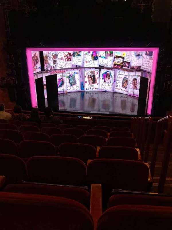 August Wilson Theatre, secção: Mezzanine C, fila: G, lugar: 101