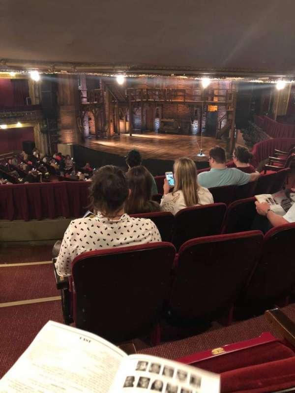 CIBC Theatre, secção: Dress circle r, fila: E, lugar: 4