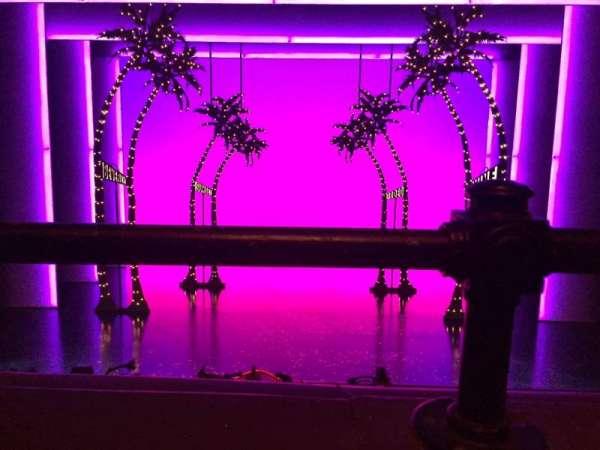 Nederlander Theatre, secção: Mezzanine C, fila: A, lugar: 108
