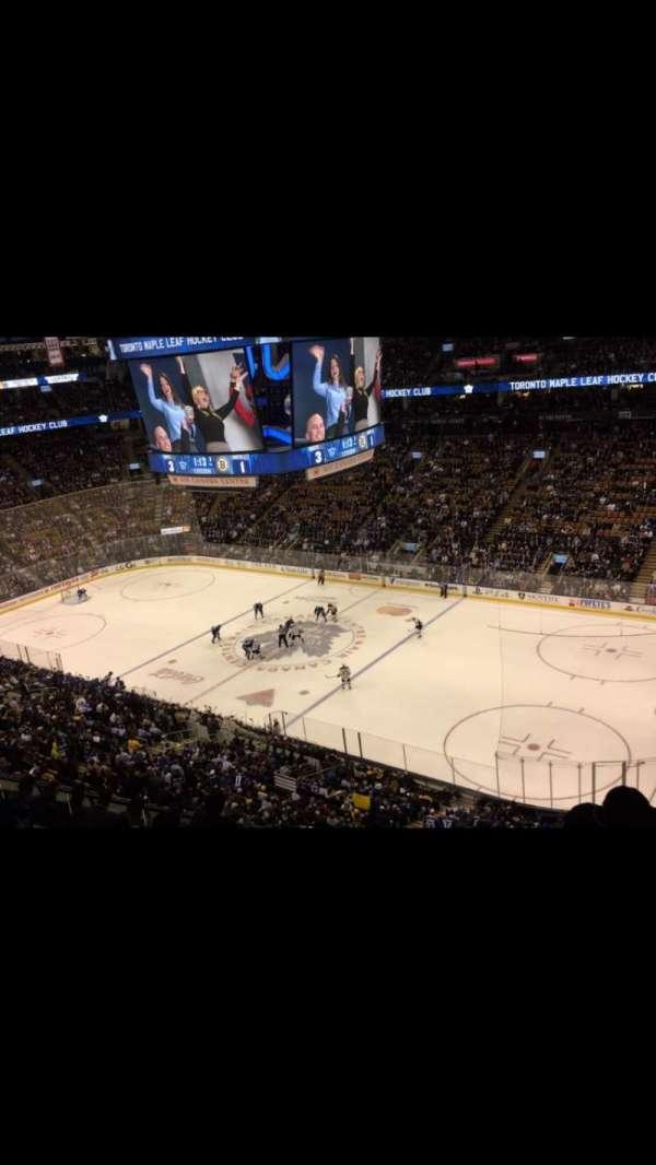 Scotiabank Arena, secção: 319, fila: 9, lugar: 5