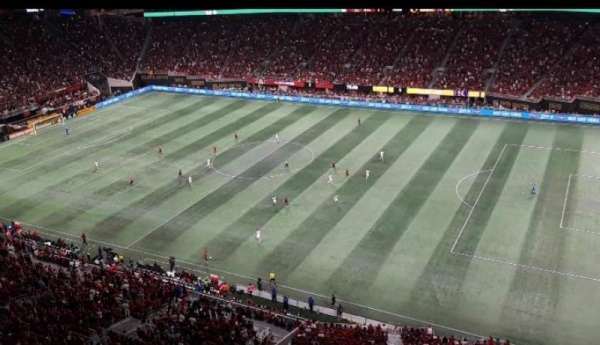 Mercedes-Benz Stadium, secção: 336, fila: 1A, lugar: 6
