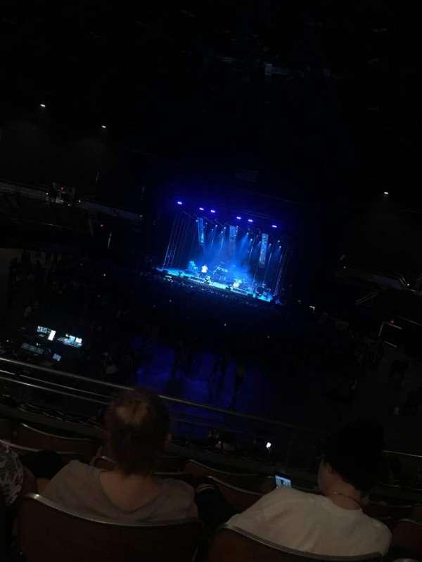 Nashville Municipal Auditorium, secção: B-B2, fila: N, lugar: 10(?)
