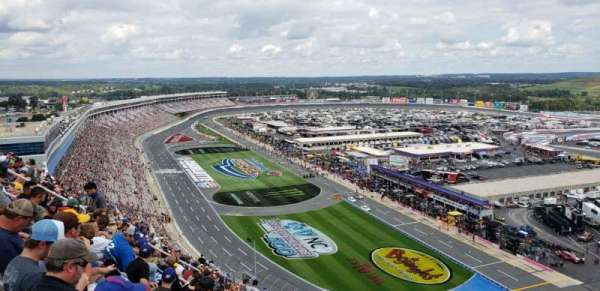 Charlotte Motor Speedway, secção: Ford, fila: 38