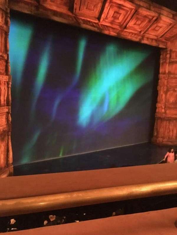 St. James Theatre, secção: Mezzanine L, fila: A, lugar: 11