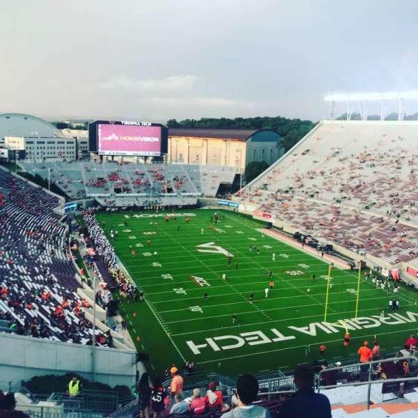 Lane Stadium, secção: 508, fila: S, lugar: 11