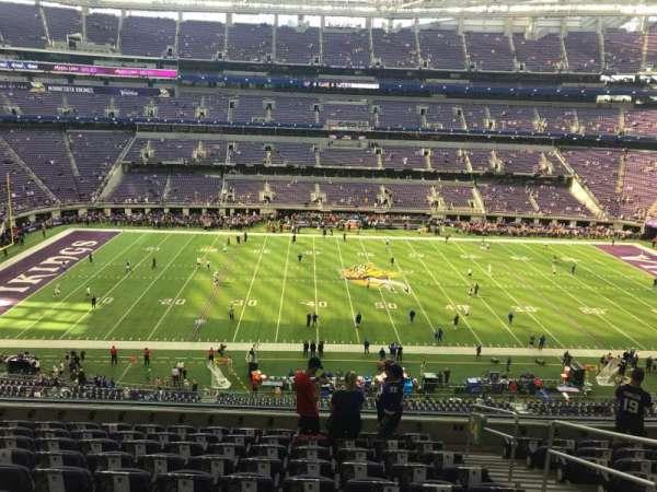 U.S. Bank Stadium, secção: 204, fila: 10, lugar: 1