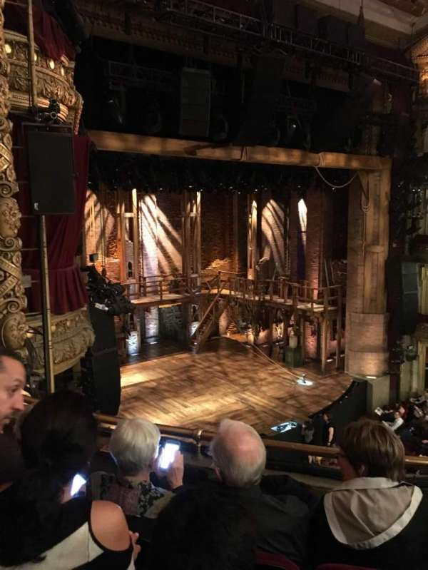 CIBC Theatre, secção: Mezzanine L, fila: C, lugar: 17