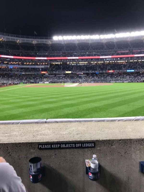 Yankee Stadium, secção: 105, fila: 2, lugar: 17 - 18