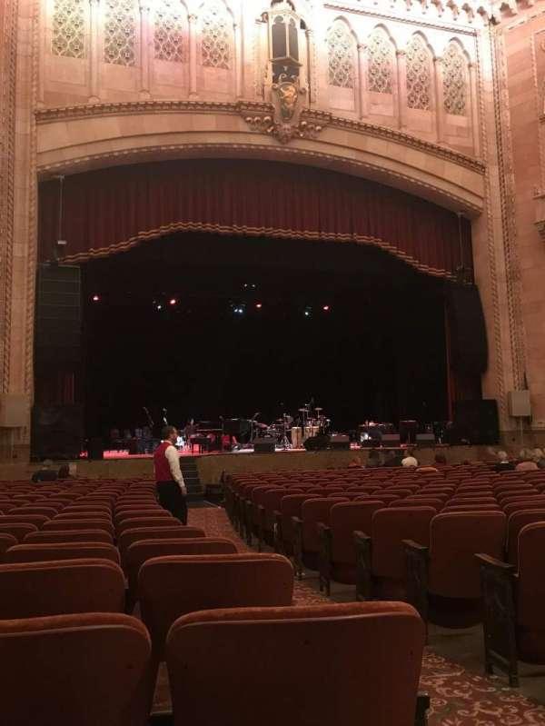 Hershey Theatre, secção: Orchestra, fila: S, lugar: 3