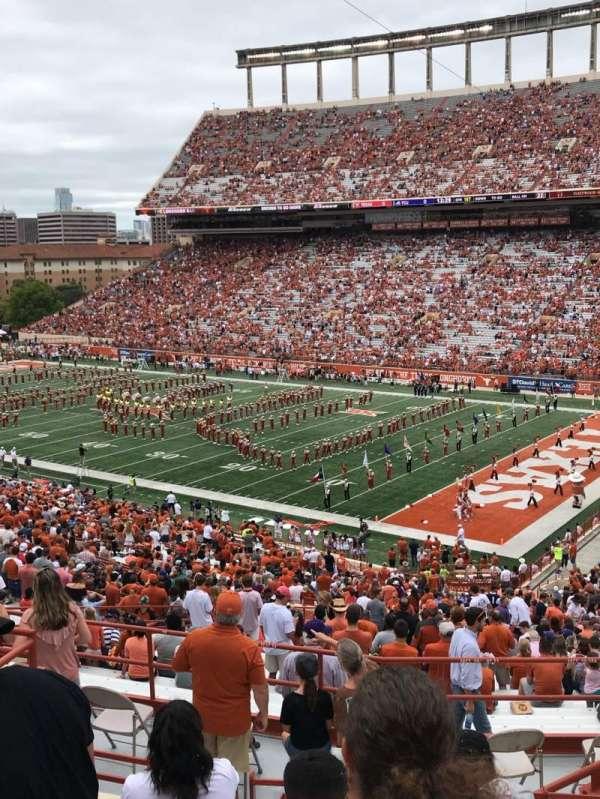 Texas Memorial Stadium, secção: 22, fila: 57, lugar: 5