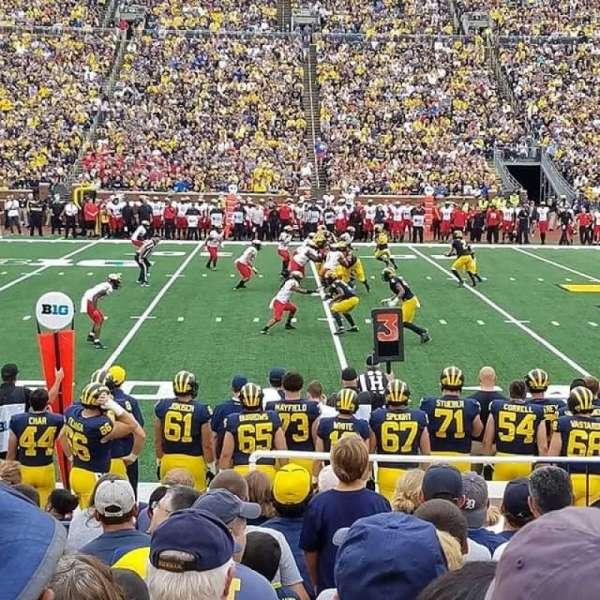 Michigan Stadium, secção: 24, fila: 12, lugar: 10