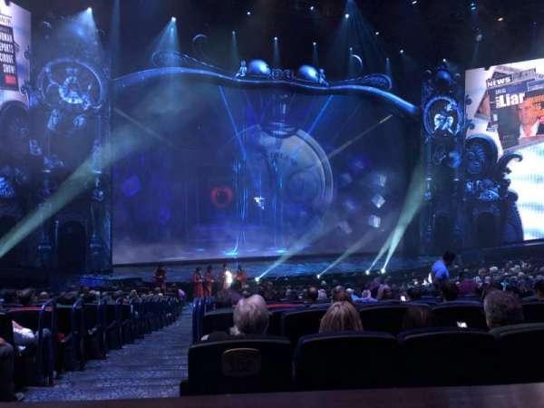 Michael Jackson One Theatre, secção: 202, fila: AA, lugar: 1