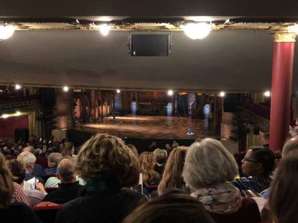 CIBC Theatre, secção: Dress Circle RC, fila: H, lugar: 226