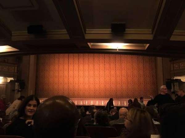 Booth Theatre, secção: Orch, fila: O, lugar: 115
