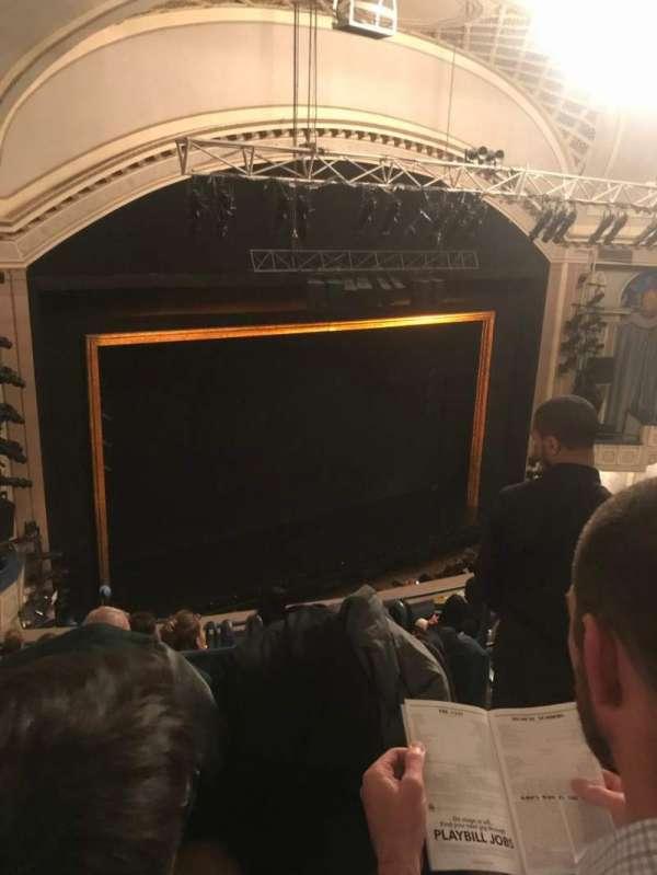 Ambassador Theatre, secção: Rear Mezzanine L, fila: B, lugar: 3