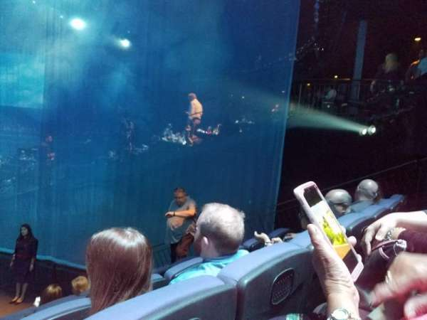 Love Theatre - The Mirage, secção: 207, fila: P, lugar: 9
