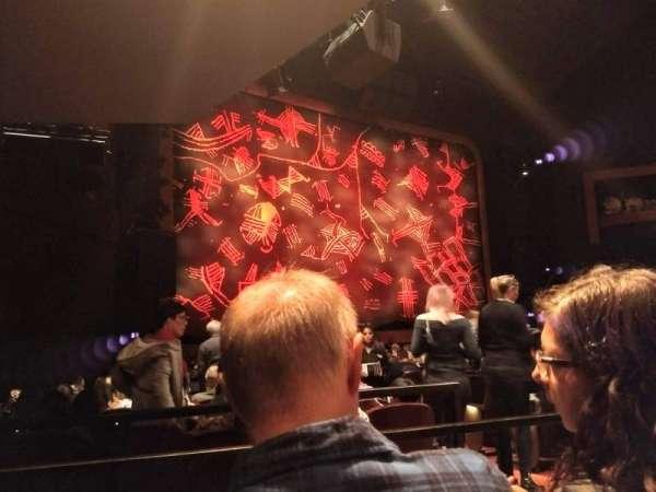 Minskoff Theatre, secção: Orchestra L, fila: P, lugar: 9and11