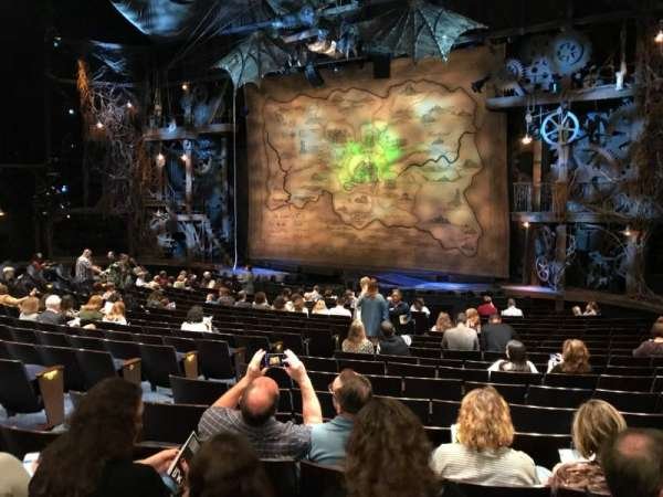 Gershwin Theatre, secção: Orchestra R, fila: Q, lugar: 14