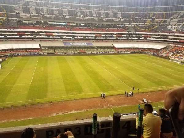Estadio Azteca, secção: 303, fila: D, lugar: 21