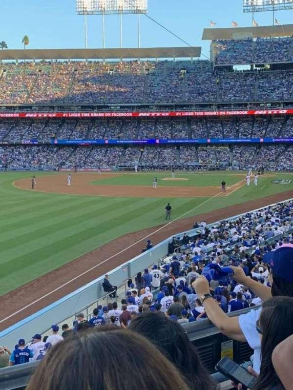 Dodger Stadium, secção: 161LG, fila: C, lugar: 6