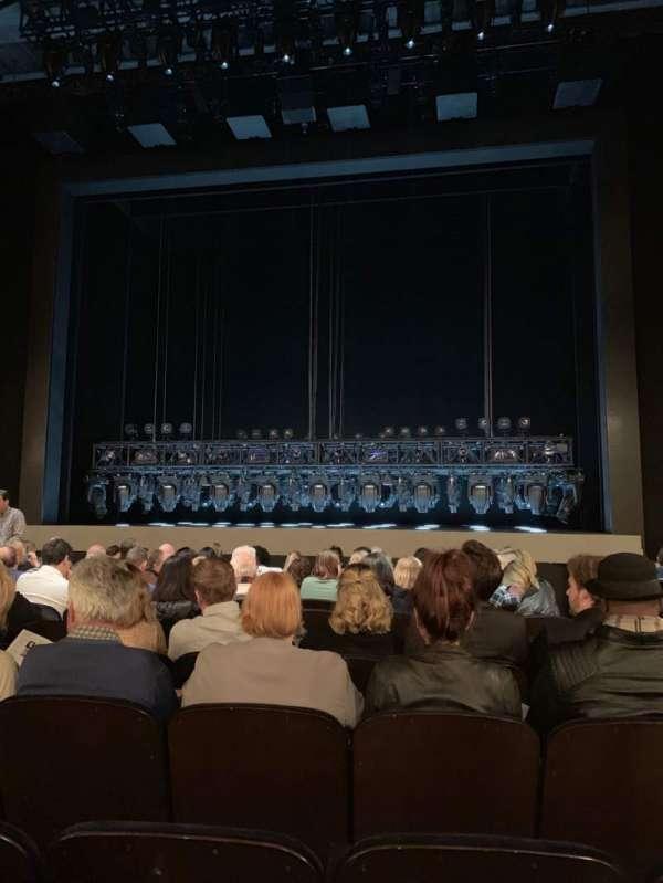 Lunt-Fontanne Theatre, secção: Orch, fila: N, lugar: 113