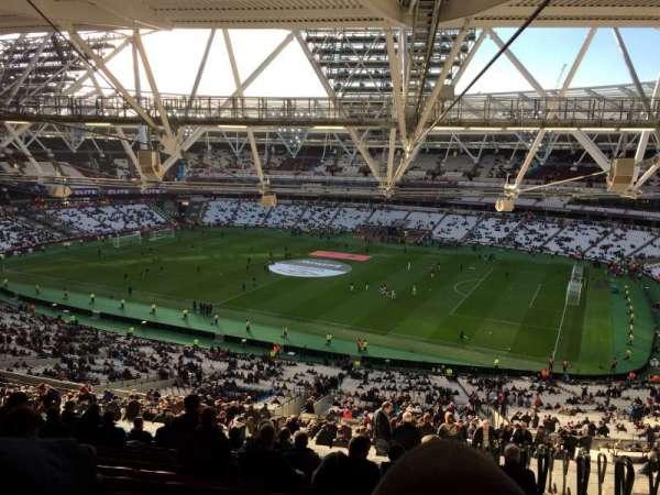 London Stadium , secção: 240, fila: 70, lugar: 314