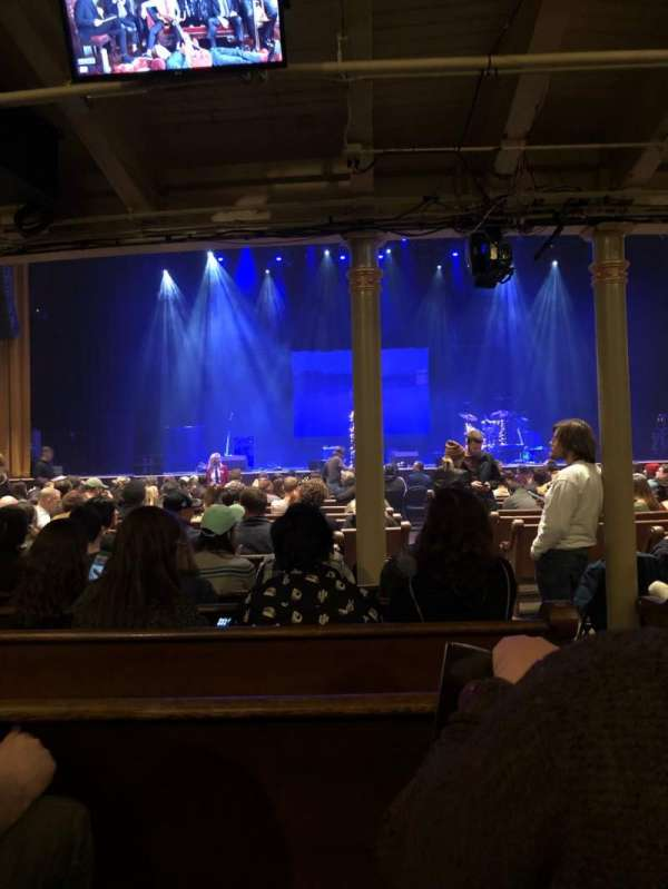 Ryman Auditorium, secção: MF-5, fila: R, lugar: 2