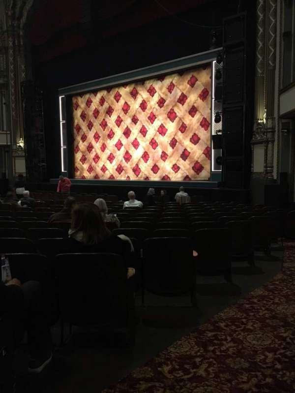 Golden Gate Theatre, secção: Orchestra R, fila: N, lugar: 28
