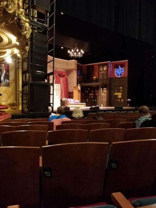 Emerson Colonial Theatre, secção: Orchestra, fila: K, lugar: 13