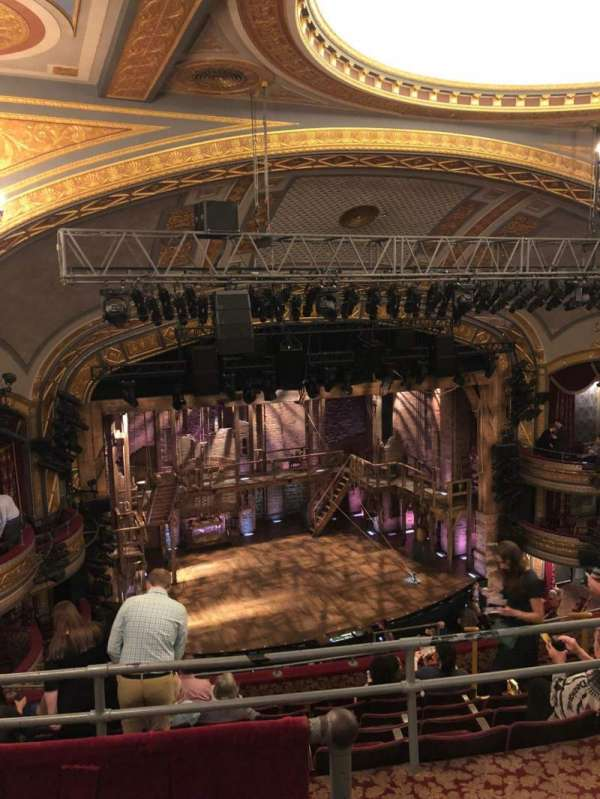 Richard Rodgers Theatre, secção: Rear Mezzanine L, fila: H, lugar: 15