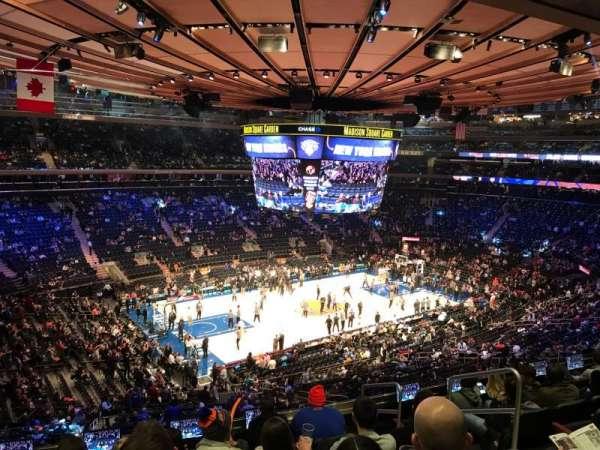 Madison Square Garden, secção: 208, fila: 8, lugar: 16