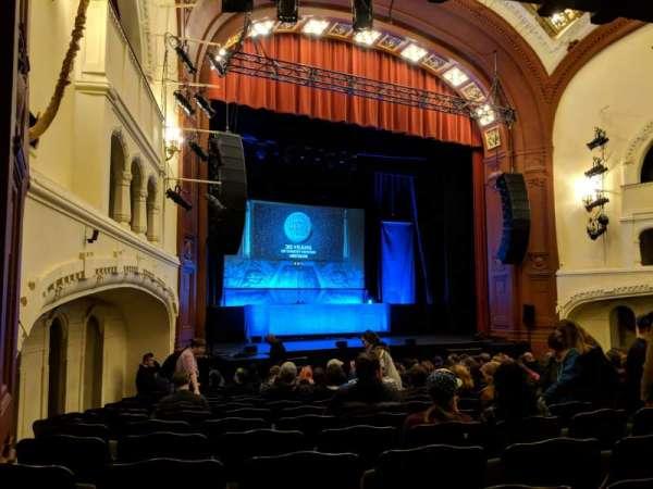 Moore Theatre, secção: Main L, fila: O, lugar: 8