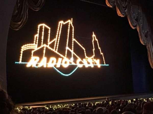 Radio City Music Hall, secção: Orchestra 7, fila: ZZ, lugar: 706