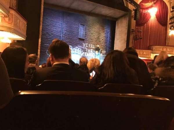 Bernard B. Jacobs Theatre, secção: Orchestra L, fila: M, lugar: 21