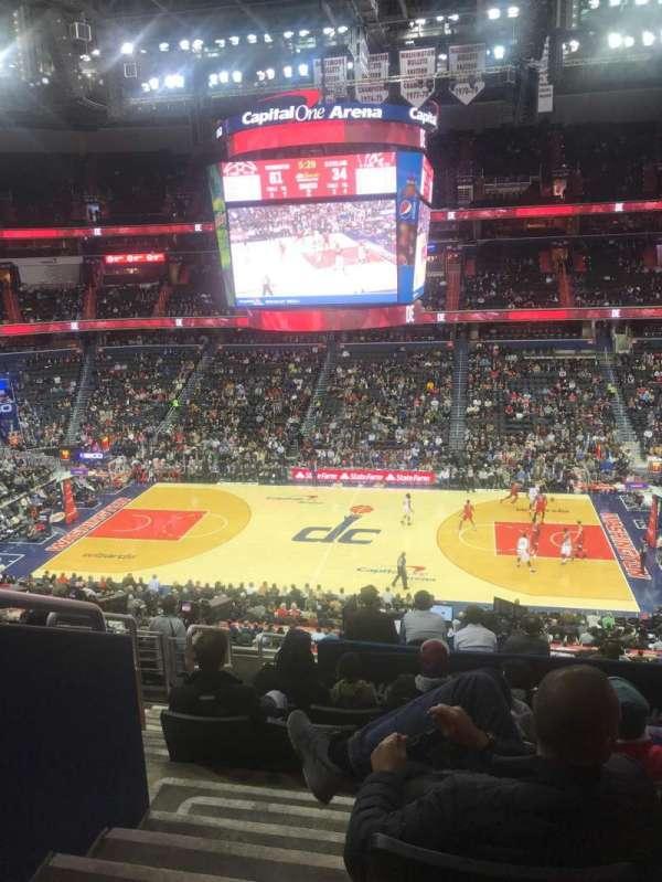 Capital One Arena, secção: 216, fila: K, lugar: 3