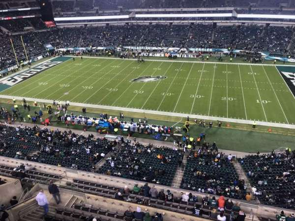 Lincoln Financial Field, secção: 227, fila: 1