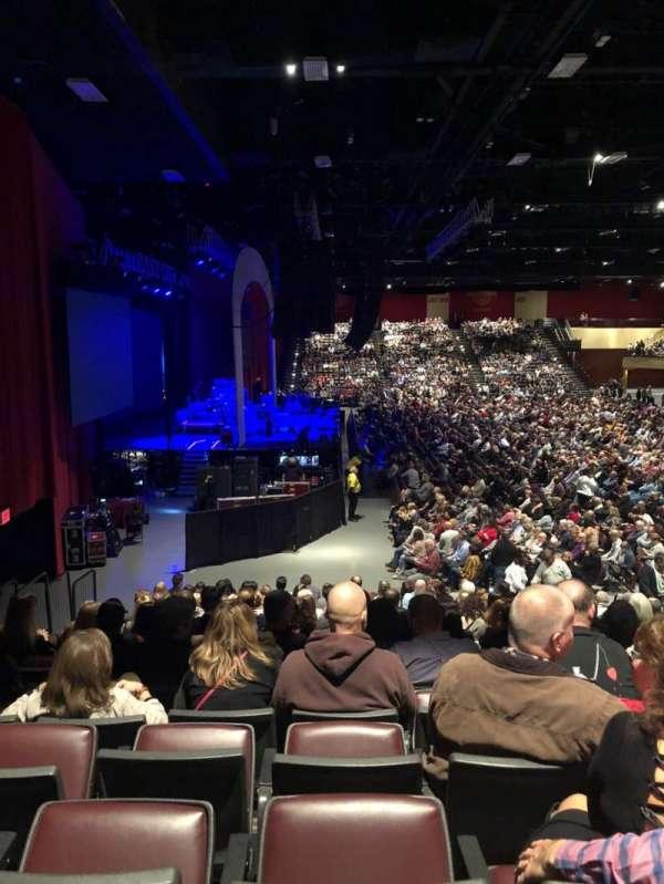 Hard Rock Live at Etess Arena, secção: 214, fila: P, lugar: 8