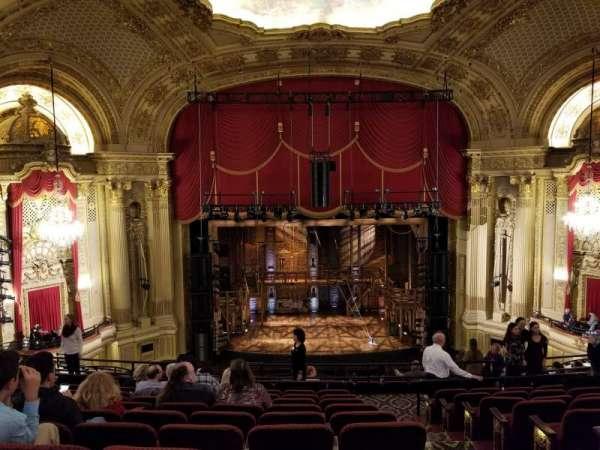 Citizens Bank Opera House, secção: Mezzanine LC, fila: H, lugar: 103