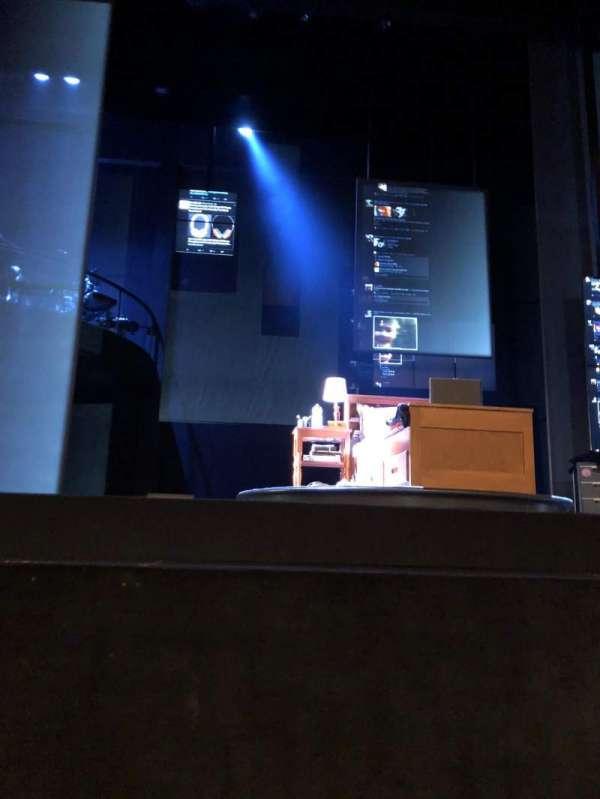 Ahmanson Theatre, secção: Orchestra front, fila: AA, lugar: 7