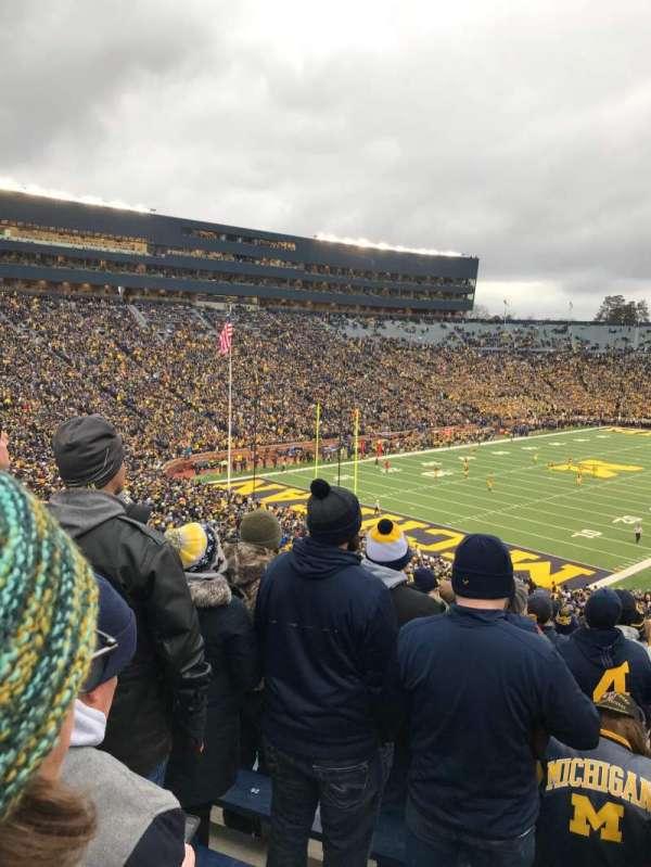 Michigan Stadium, secção: 9, fila: 77, lugar: 29