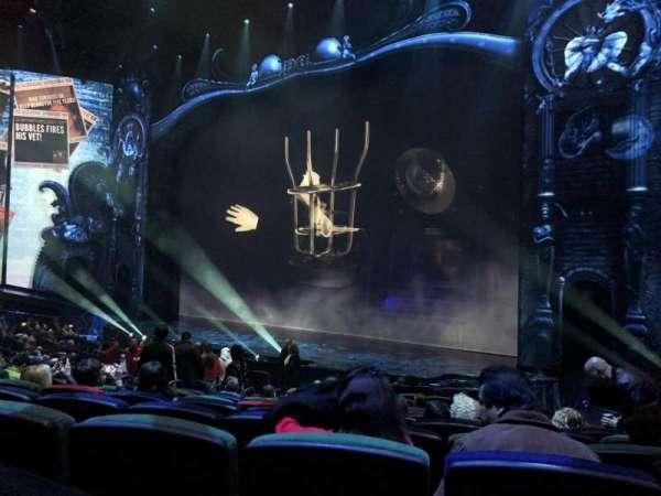 Michael Jackson One Theatre, secção: 103, fila: P, lugar: 9